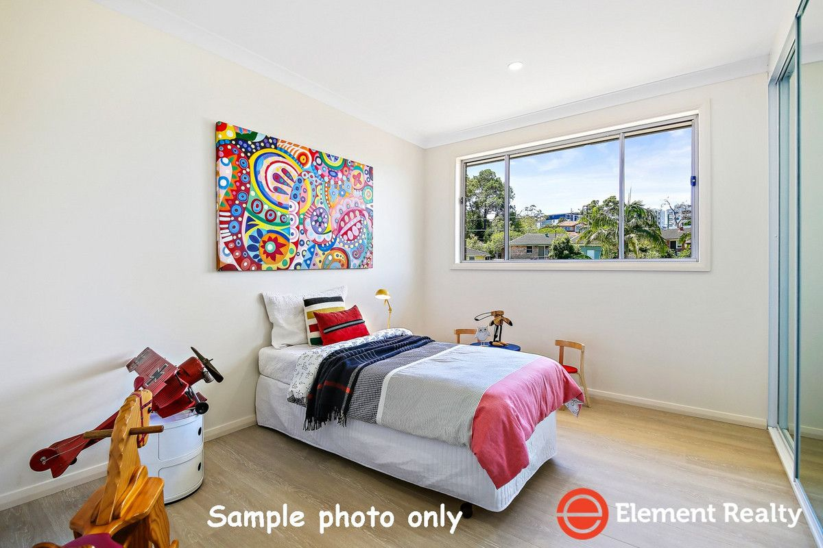 12 Adamson Avenue, Dundas Valley NSW 2117, Image 2