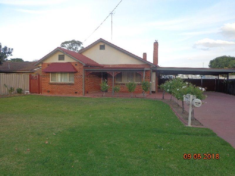 96 Hughes Street, Deniliquin NSW 2710, Image 0