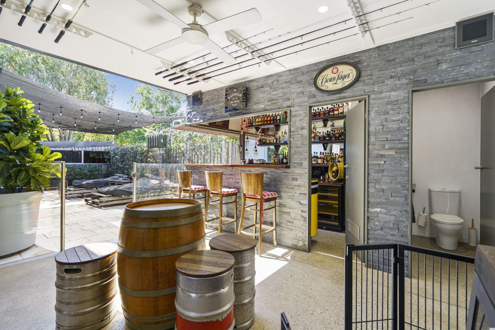 2 Brockworth Street, Wynnum West QLD 4178, Image 1