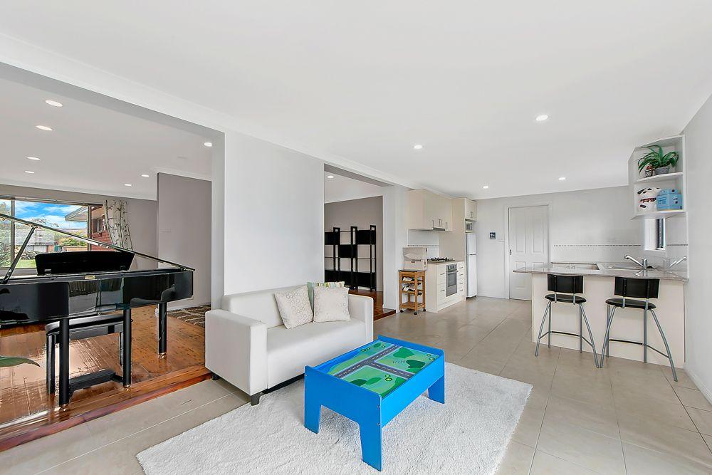 14 Toledo Place, Baulkham Hills NSW 2153, Image 2