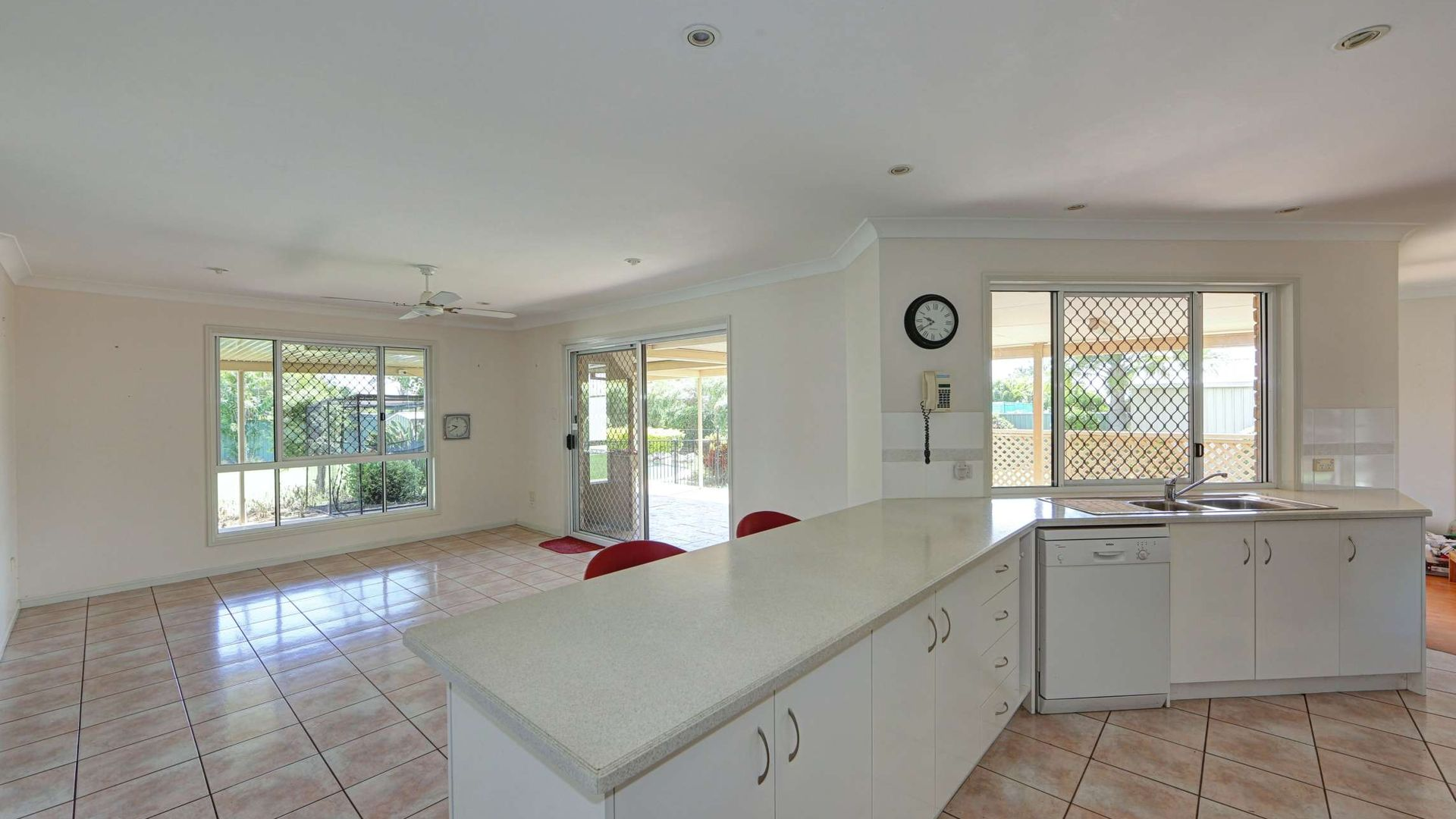 92 Poinciana Drive, Innes Park QLD 4670, Image 2