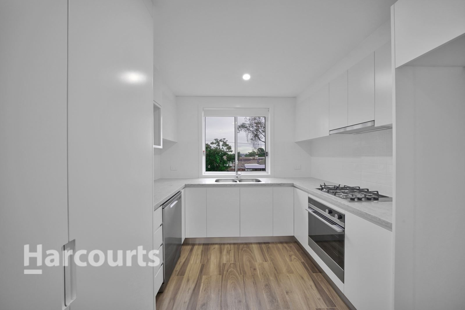 4/140-142 Lindesay Street, Campbelltown NSW 2560, Image 2
