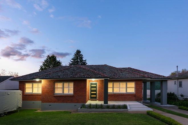 Picture of 106 Coronation Drive, ORANGE NSW 2800
