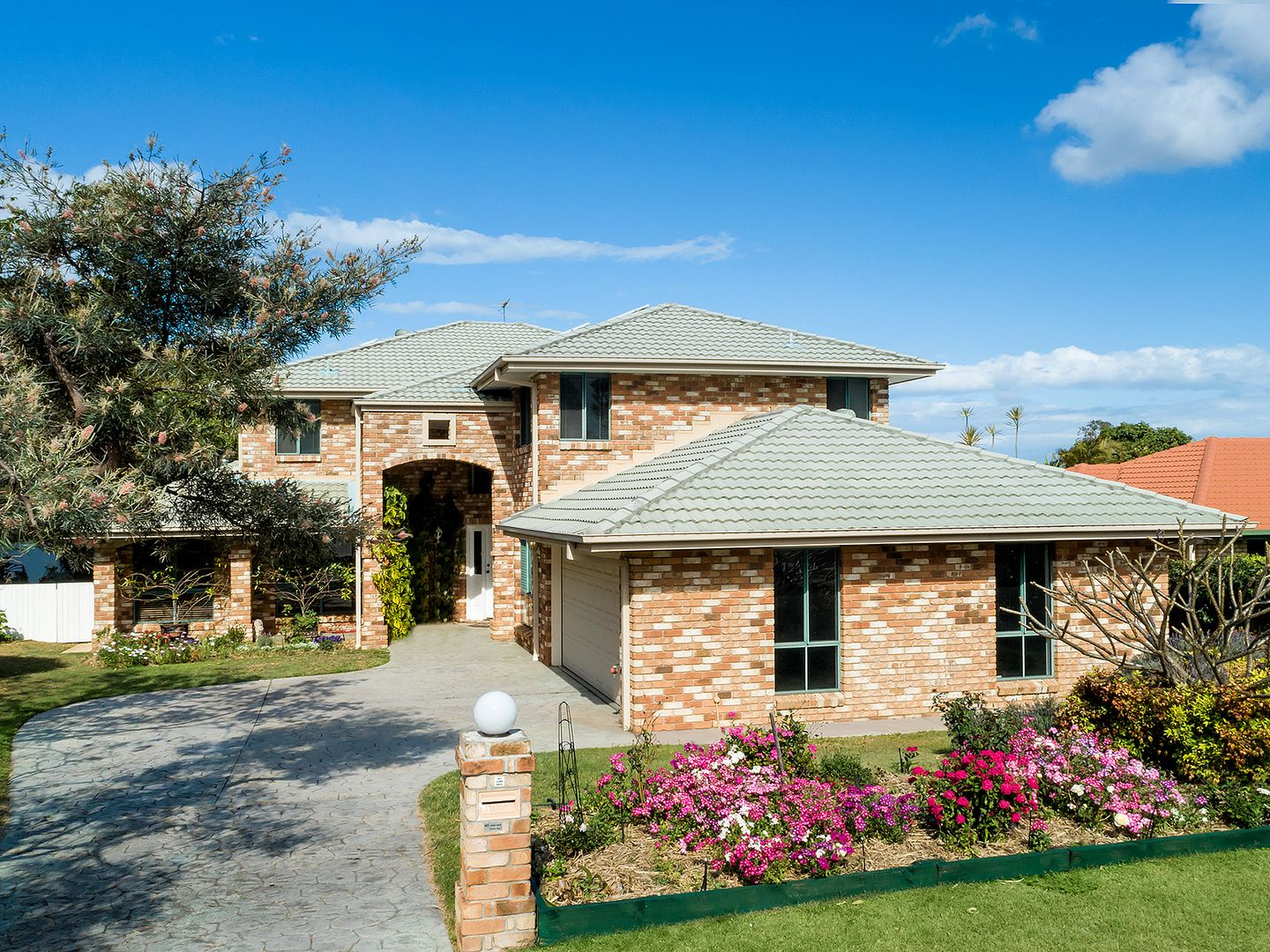 42 Clive Road, Birkdale QLD 4159, Image 1
