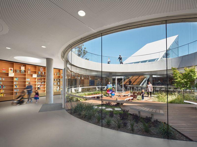 99 Dalmeny Avenue, Rosebery NSW 2018, Image 2