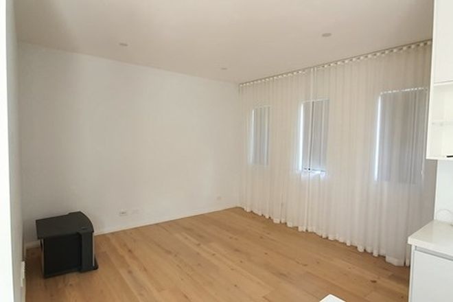 Picture of 4A Roselea Court, SUNSHINE VIC 3020