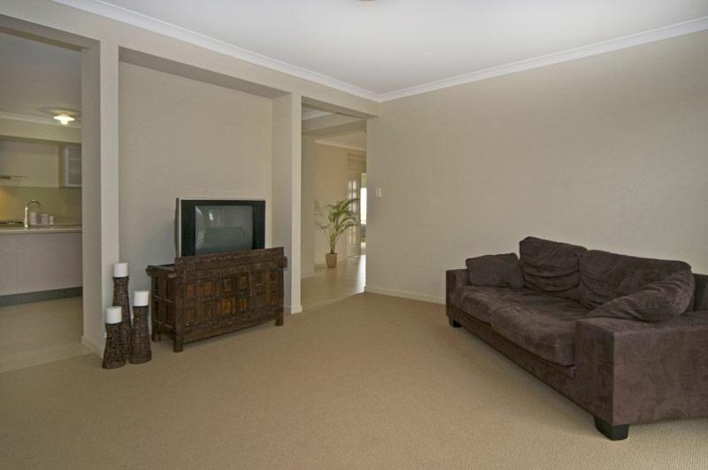 35 Lynbrook Avenue, Ormeau QLD 4208, Image 11