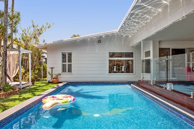 Picture of 17 York Street, SOUTHPORT QLD 4215