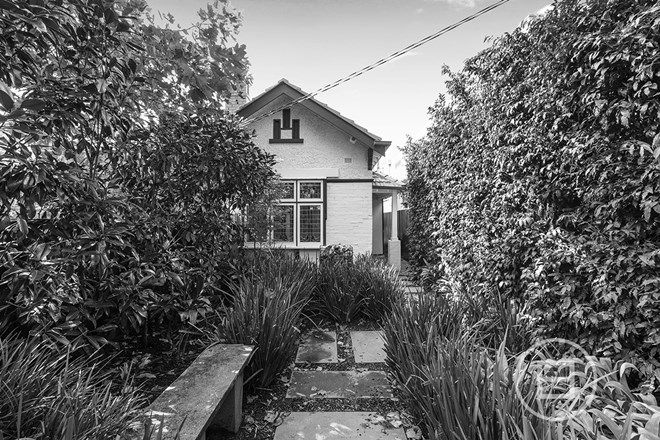 Picture of 342 Barkly Street, ELWOOD VIC 3184