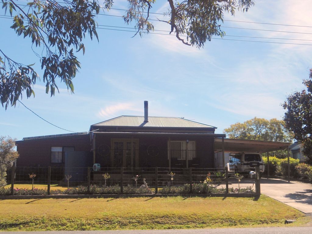 37 Leconfield Street, Stanford Merthyr NSW 2327, Image 0
