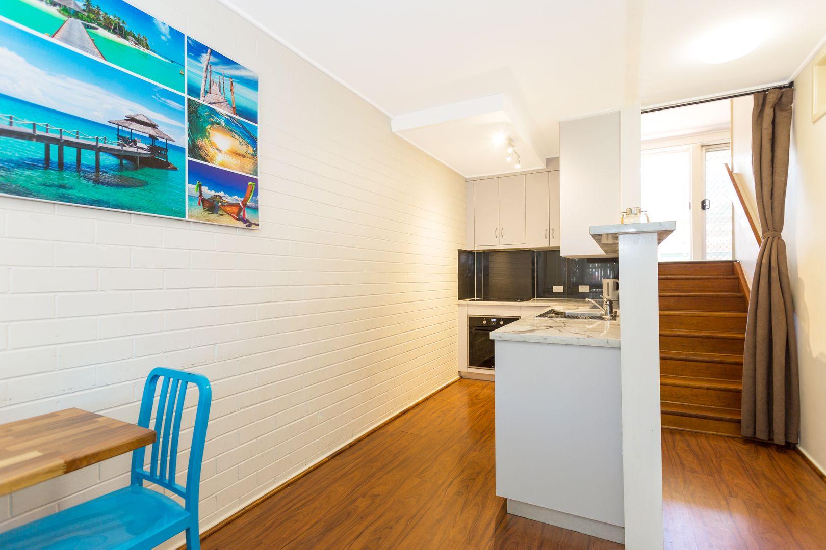 2/82 Evan Street, Mackay QLD 4740, Image 0