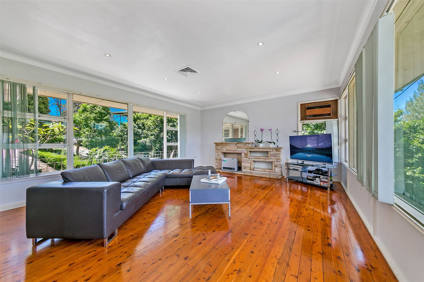 9 Anschau Crescent, Windsor NSW 2756, Image 0