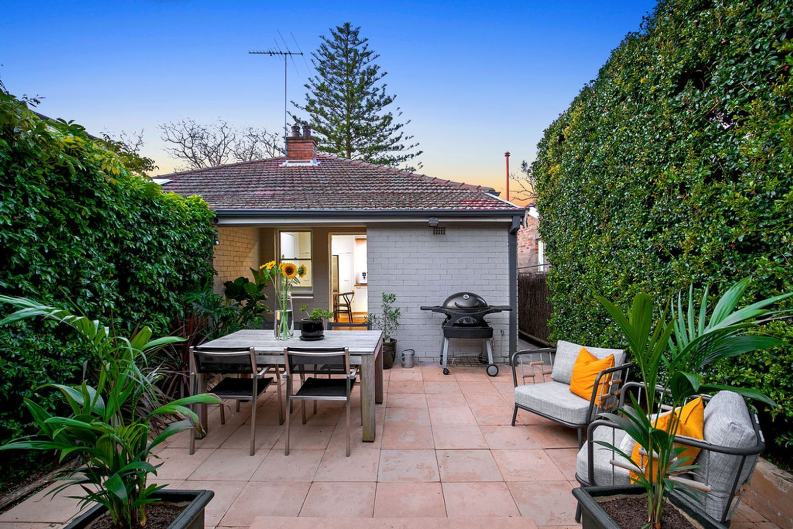 19 The Boulevarde, Cammeray NSW 2062, Image 2