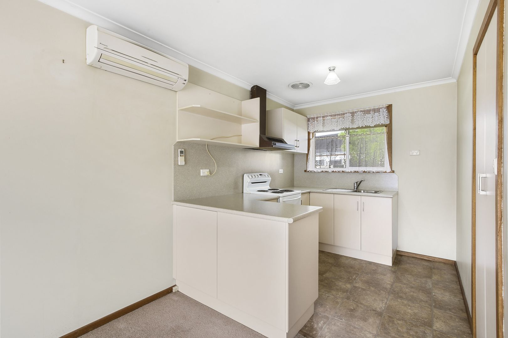 1/101 Day Street, Bairnsdale VIC 3875, Image 2
