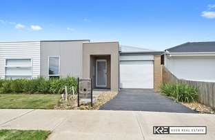 Picture of 11 Freiberger Grove, Clyde North VIC 3978