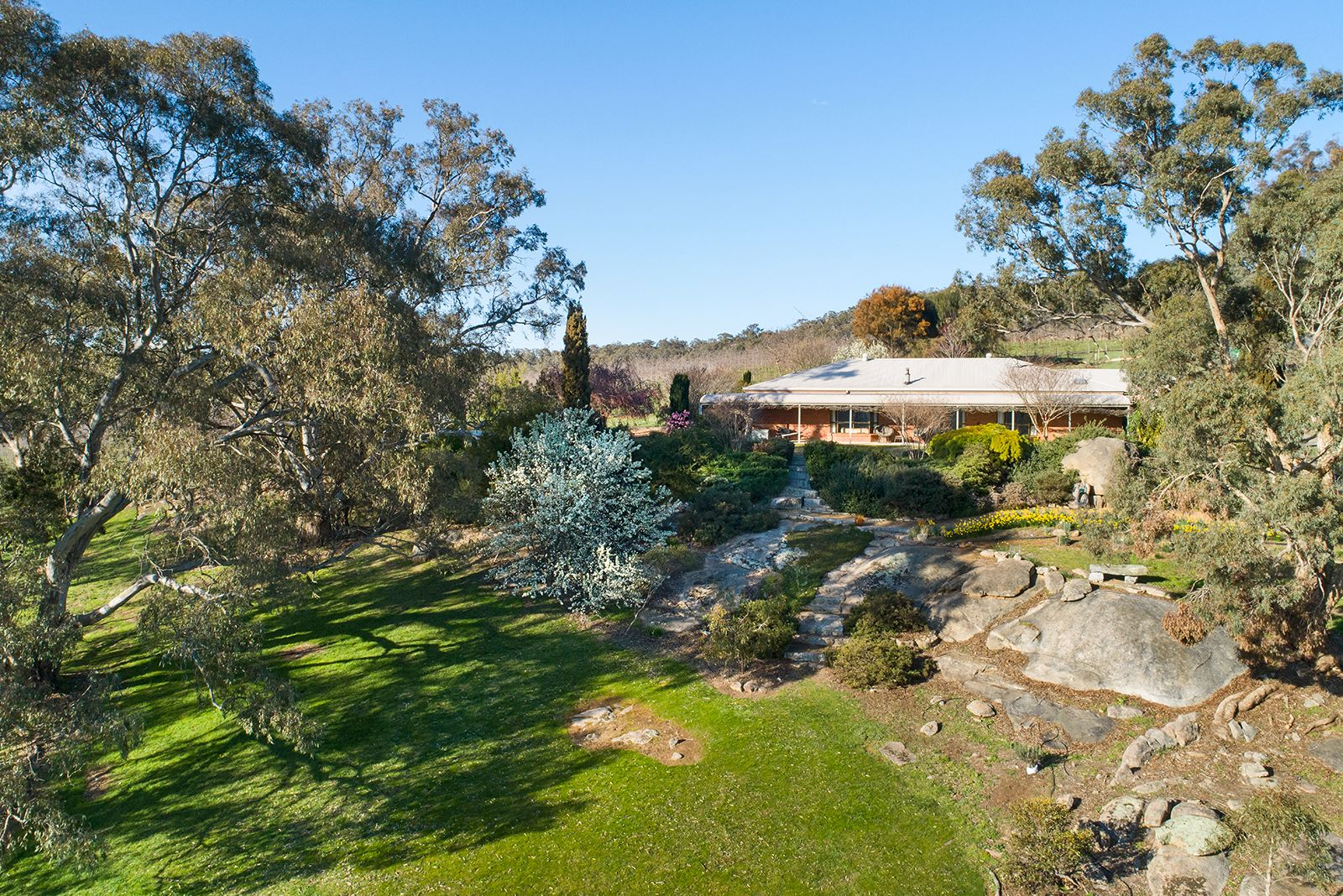 138 Coopers Road, Harcourt North VIC 3453, Image 1