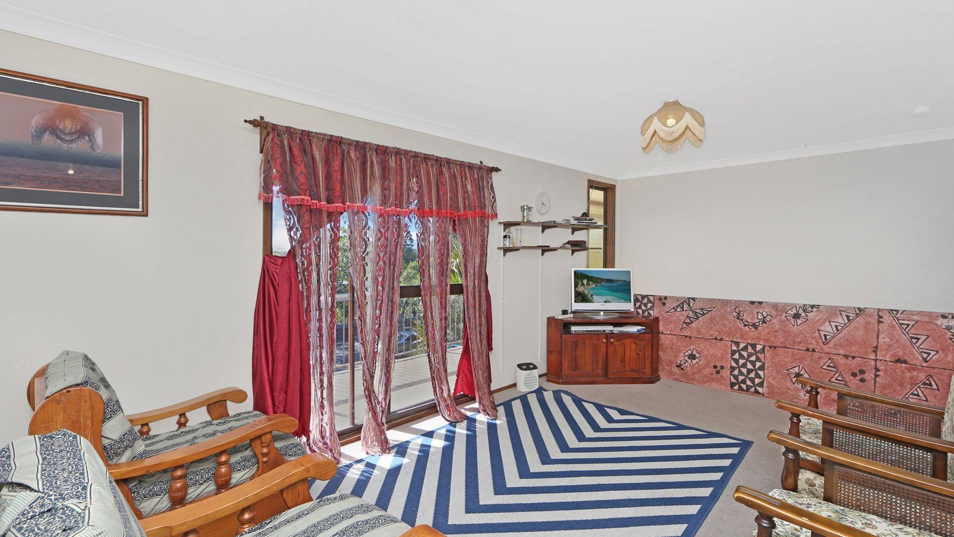 40 Wyong Road, Berkeley Vale NSW 2261, Image 2