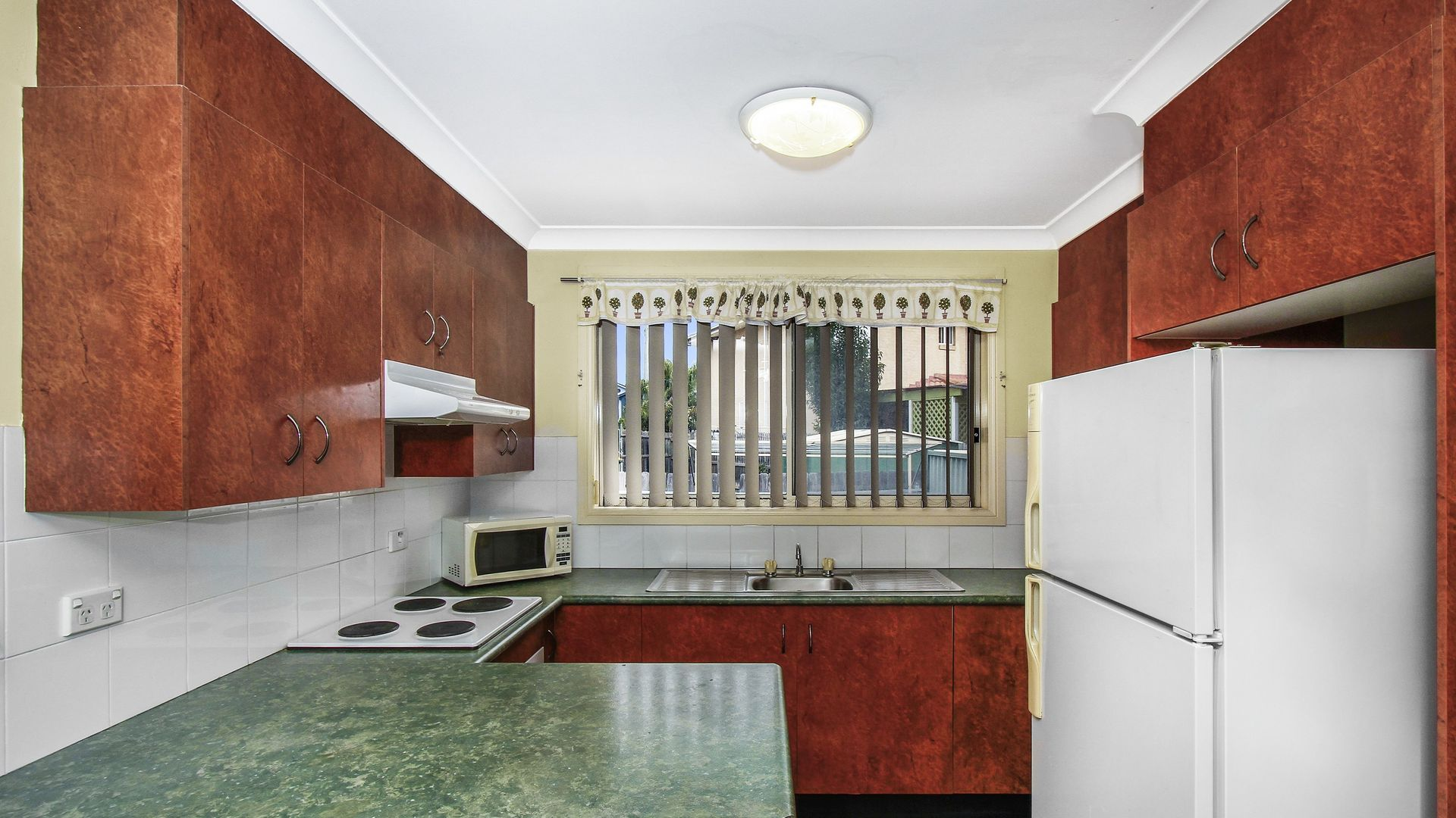 10/162 Chifley Street, Wetherill Park NSW 2164, Image 1