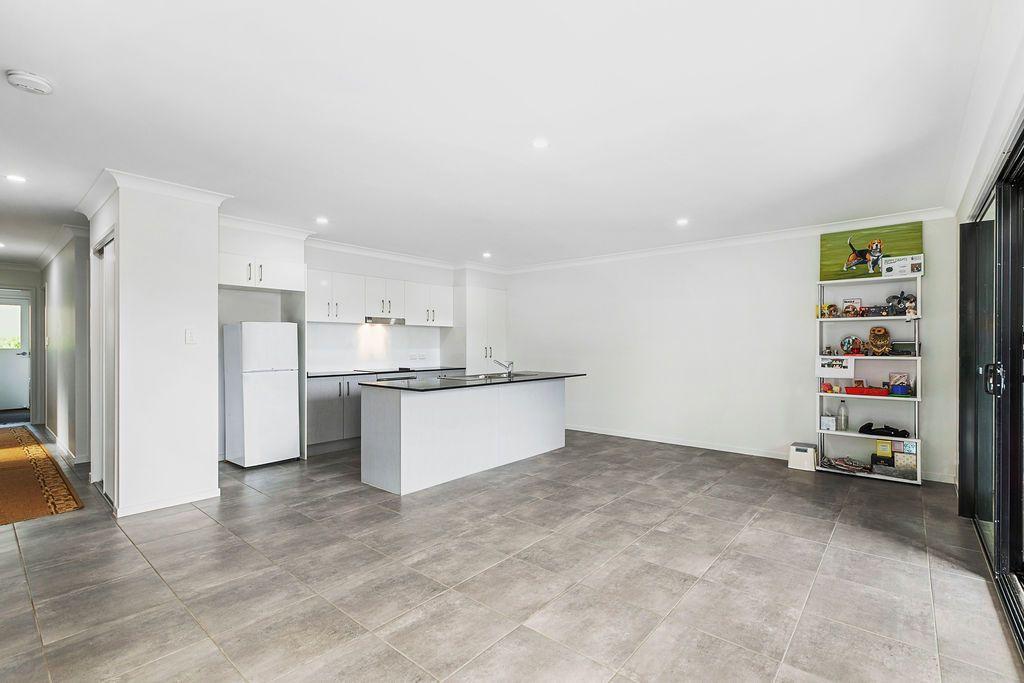 1/10 Macaranga Place, Palmwoods QLD 4555, Image 0
