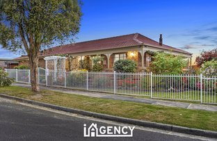 Picture of 8 Heyington Circle, Narre Warren VIC 3805