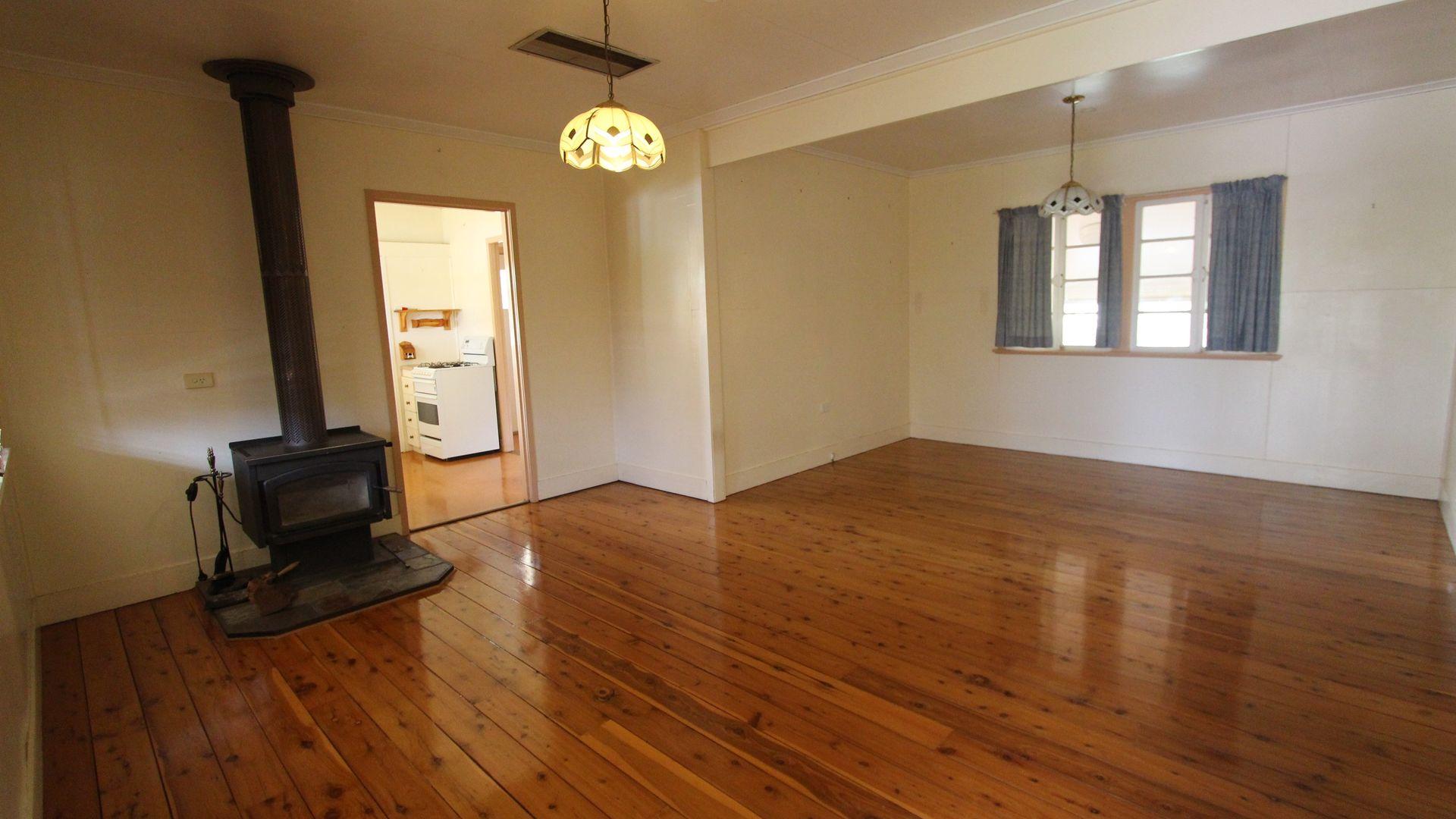 36 Sturt Street, Charleville QLD 4470, Image 2