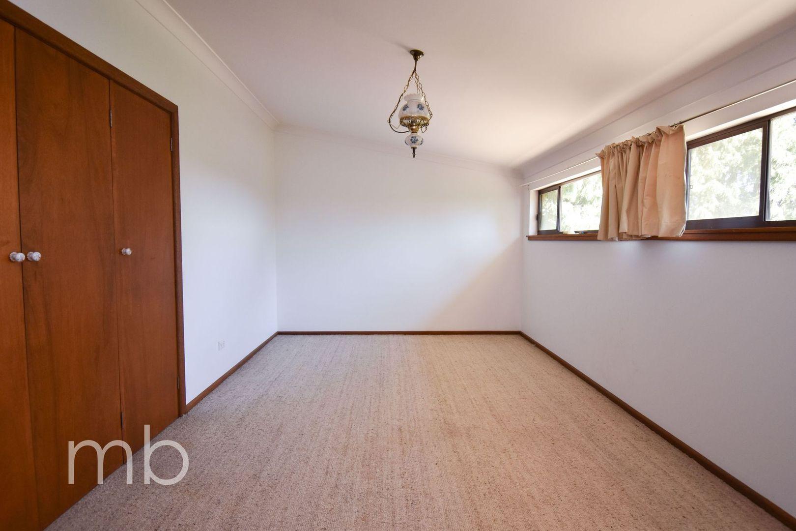 82 Hawke Lane, Orange NSW 2800, Image 1