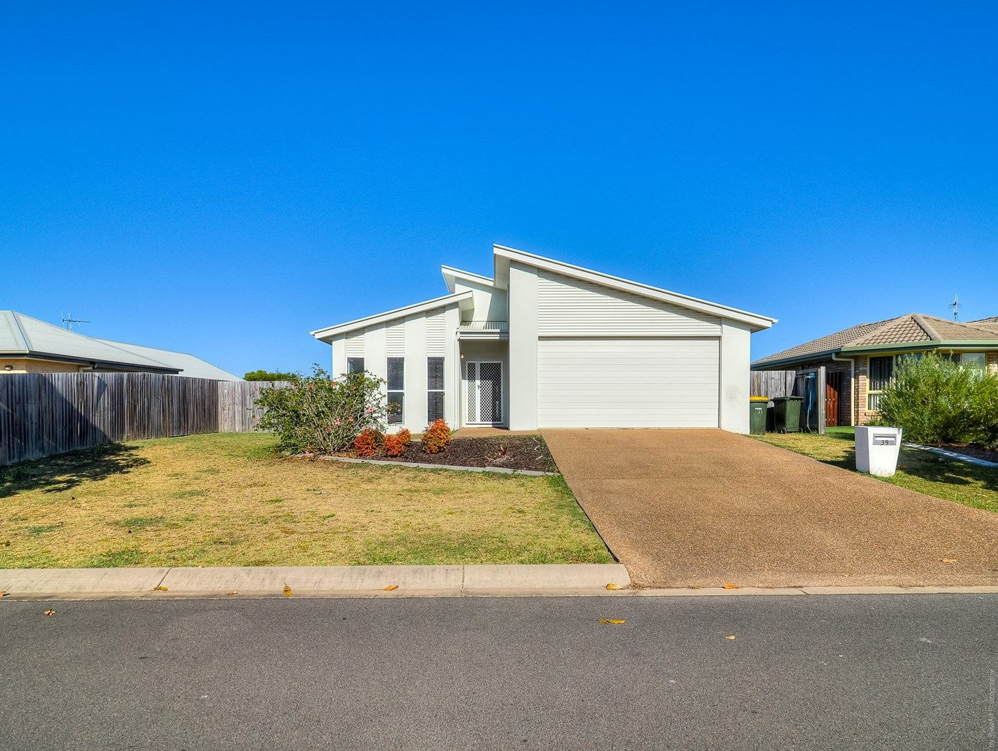 39 Fraser Waters Parade, Toogoom QLD 4655, Image 0