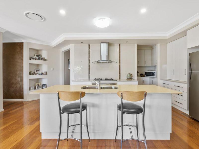 7 Rosella Street, Rangeville QLD 4350, Image 2