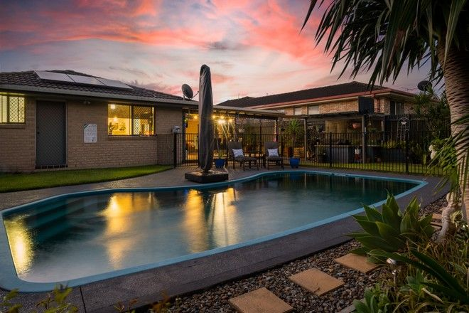Picture of 5 Timbara Crescent, BLUE HAVEN NSW 2262