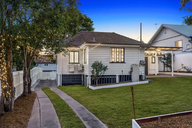 Picture of 22 Burn Street, CAMP HILL QLD 4152