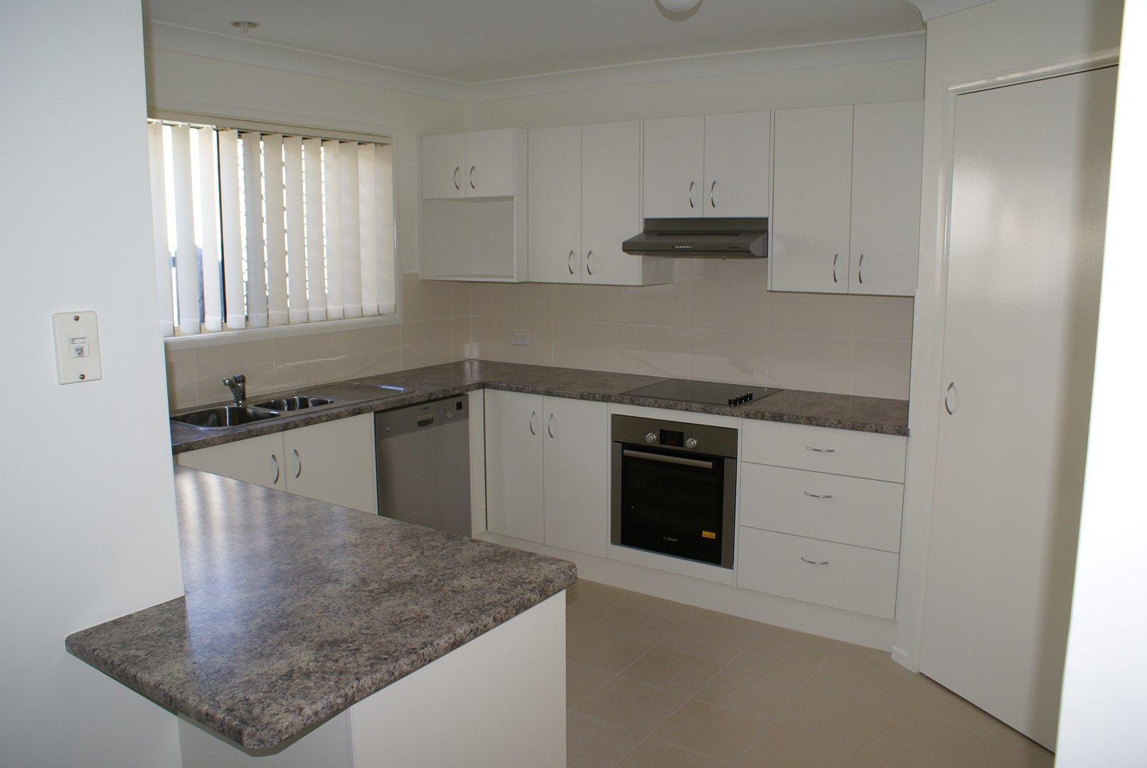30 Vivian Street, Tennyson QLD 4105, Image 0