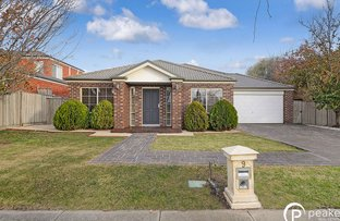 Picture of 9 Glenmaggie Close, Berwick VIC 3806