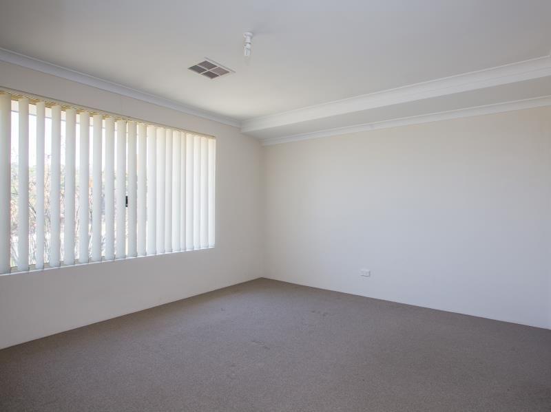 110 Braidwood Drive, Australind WA 6233, Image 1