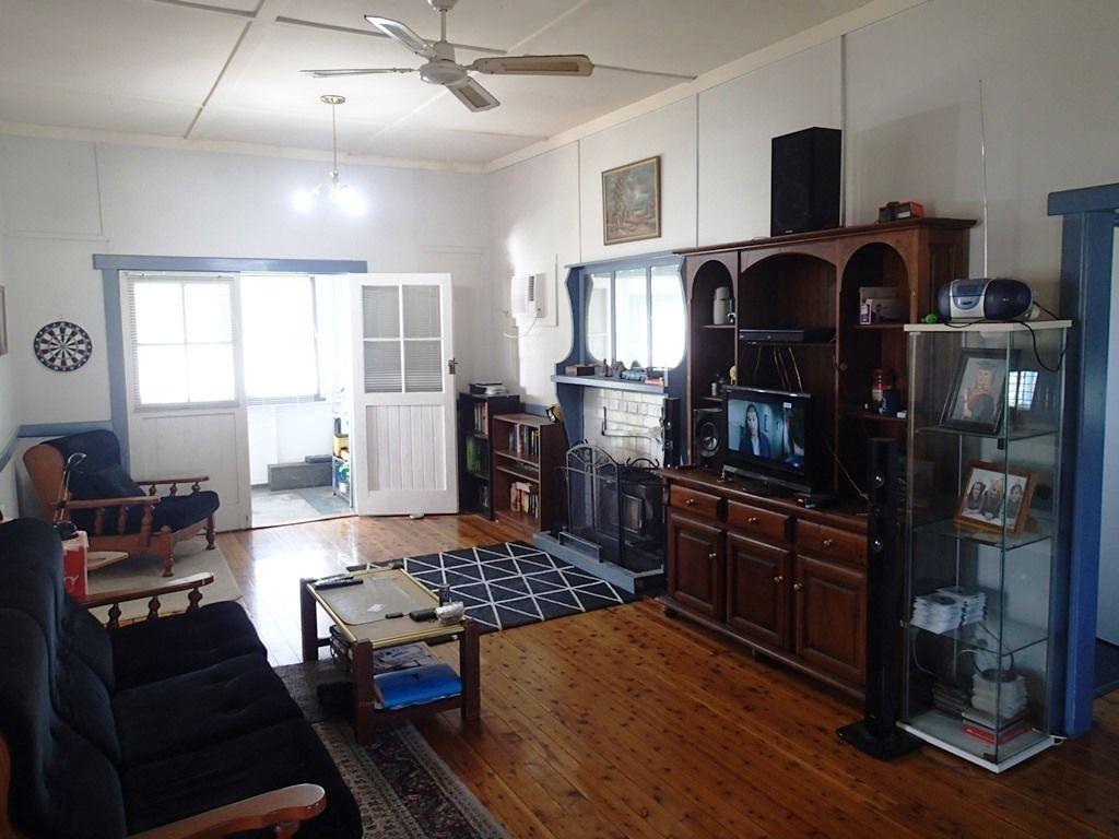 11 Murray Street, Oaklands NSW 2646, Image 2