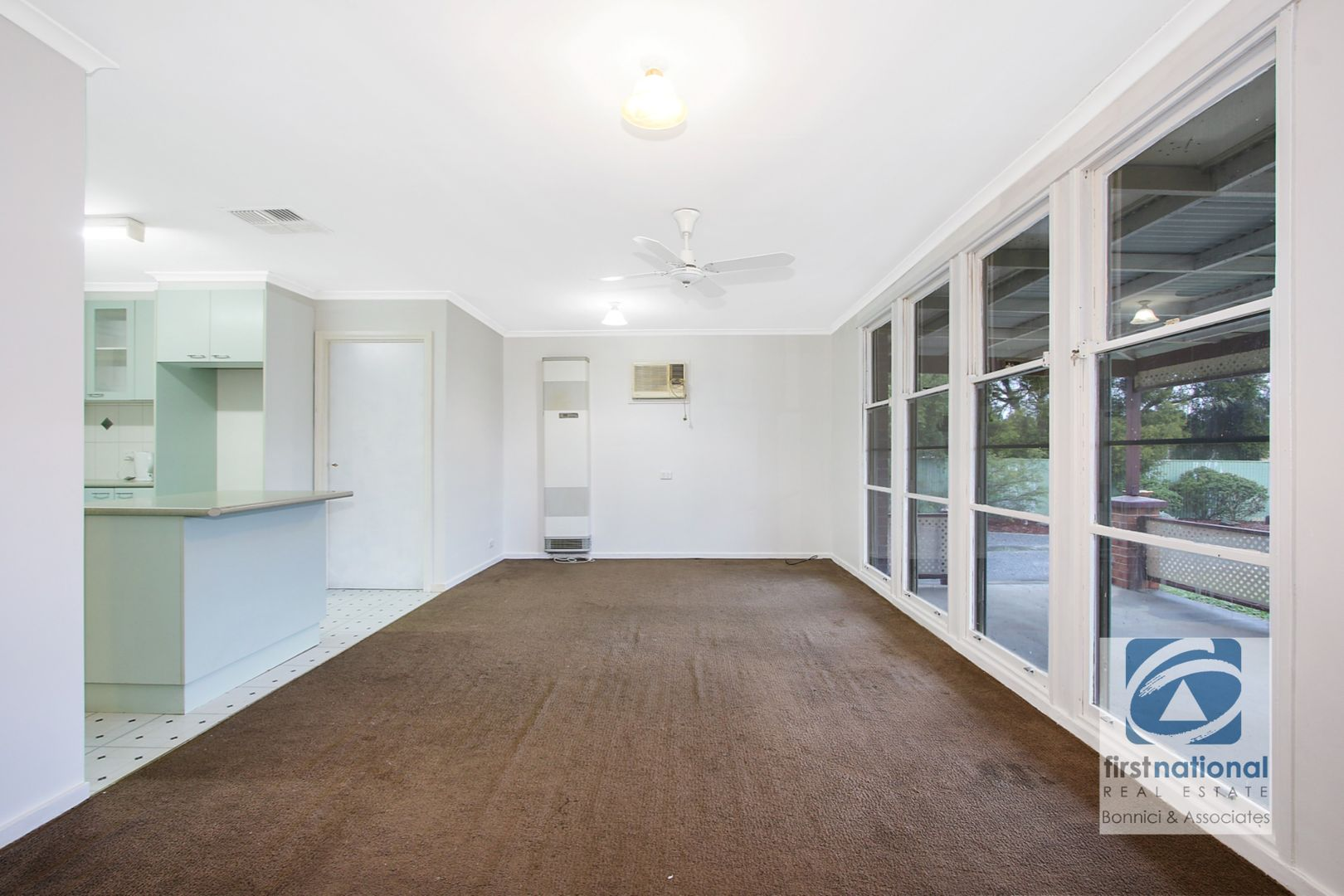 113 Pell Street, Howlong NSW 2643, Image 2