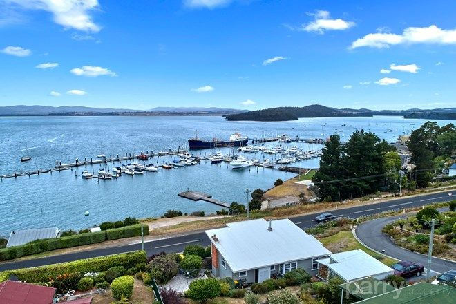 Picture of 147 Flinders Street, BEAUTY POINT TAS 7270