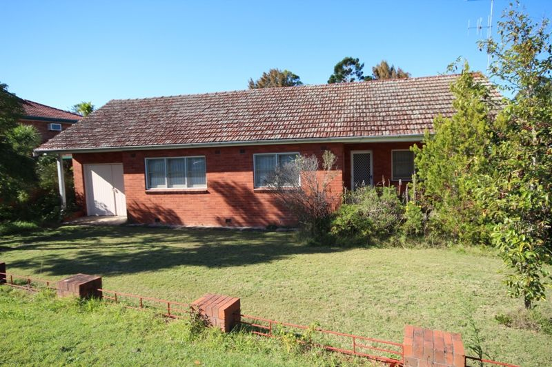 6 Crescent Avenue, Taree NSW 2430, Image 0