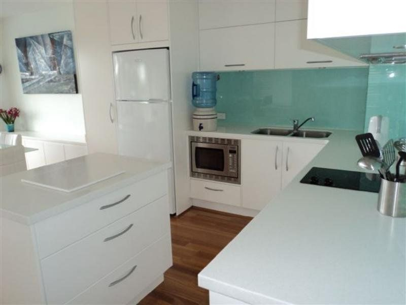 6/120 Akonna Street, Wynnum QLD 4178, Image 1