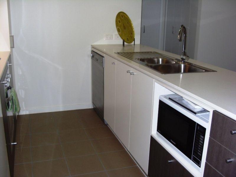 111/60 Glenlyon St 'G60', Gladstone City QLD 4680, Image 2