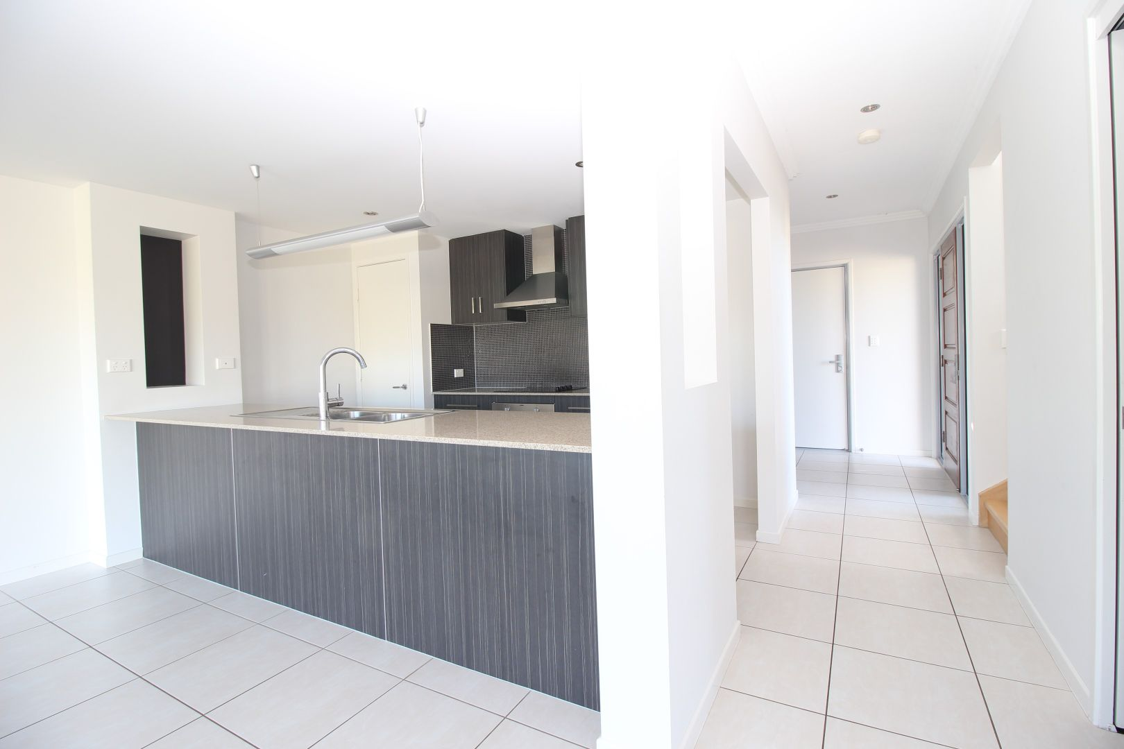 Villa 6 20/24 Mooney Crescent (The Vybe), Emerald QLD 4720, Image 1