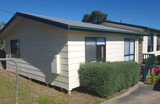 Picture of 32 West Crescent, Lakes Entrance VIC 3909