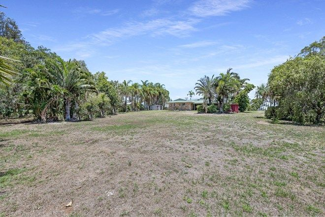 Picture of 58 Rowlands Road, BURNETT HEADS QLD 4670