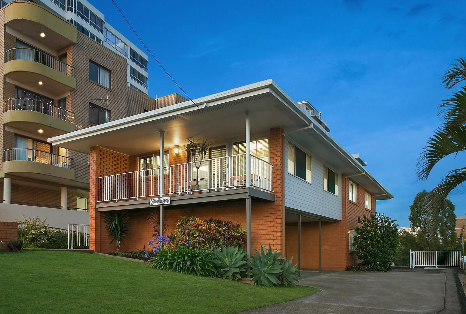 15 Dingle Avenue, Kings Beach QLD 4551, Image 1