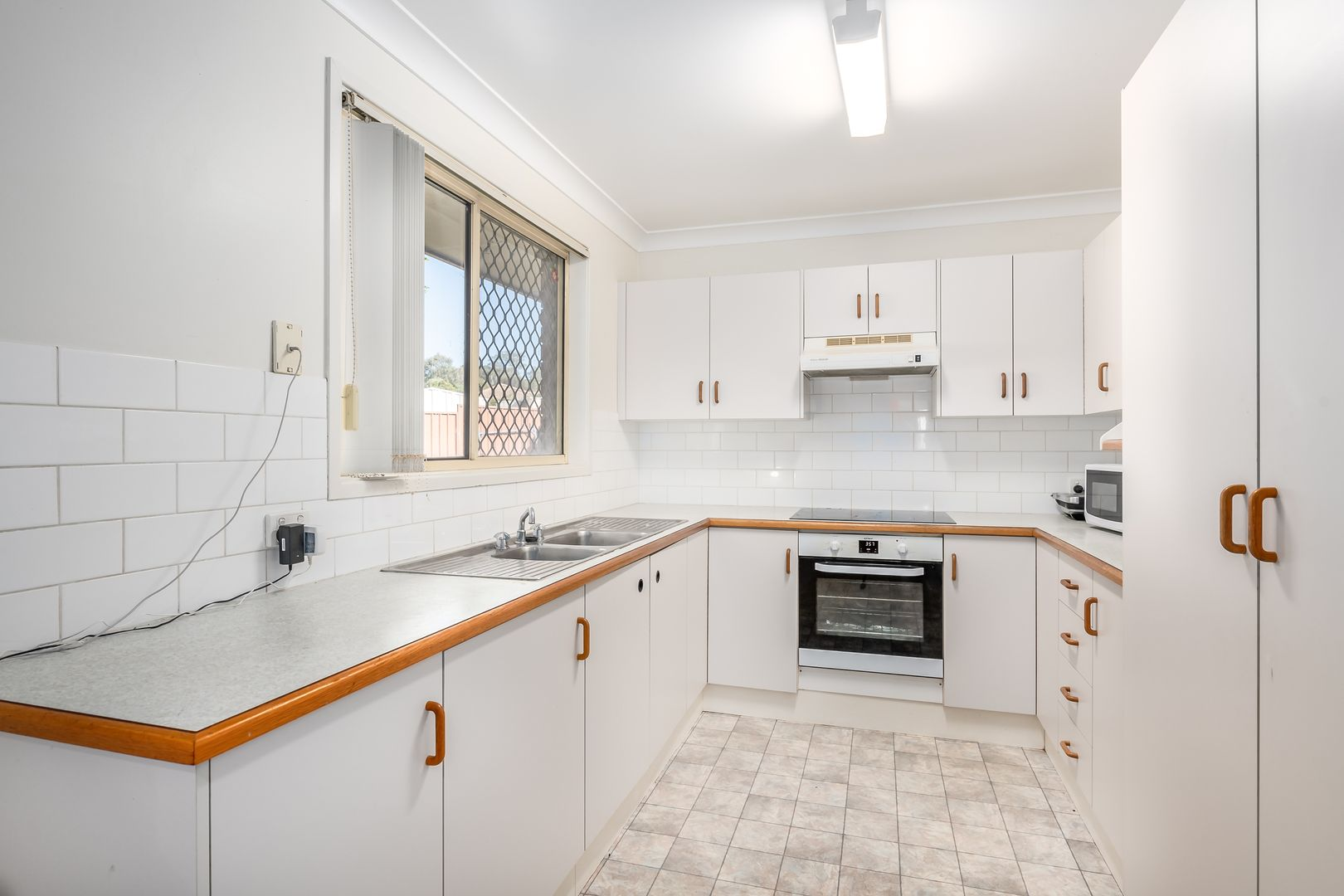 2 Cox Place, Singleton NSW 2330, Image 1