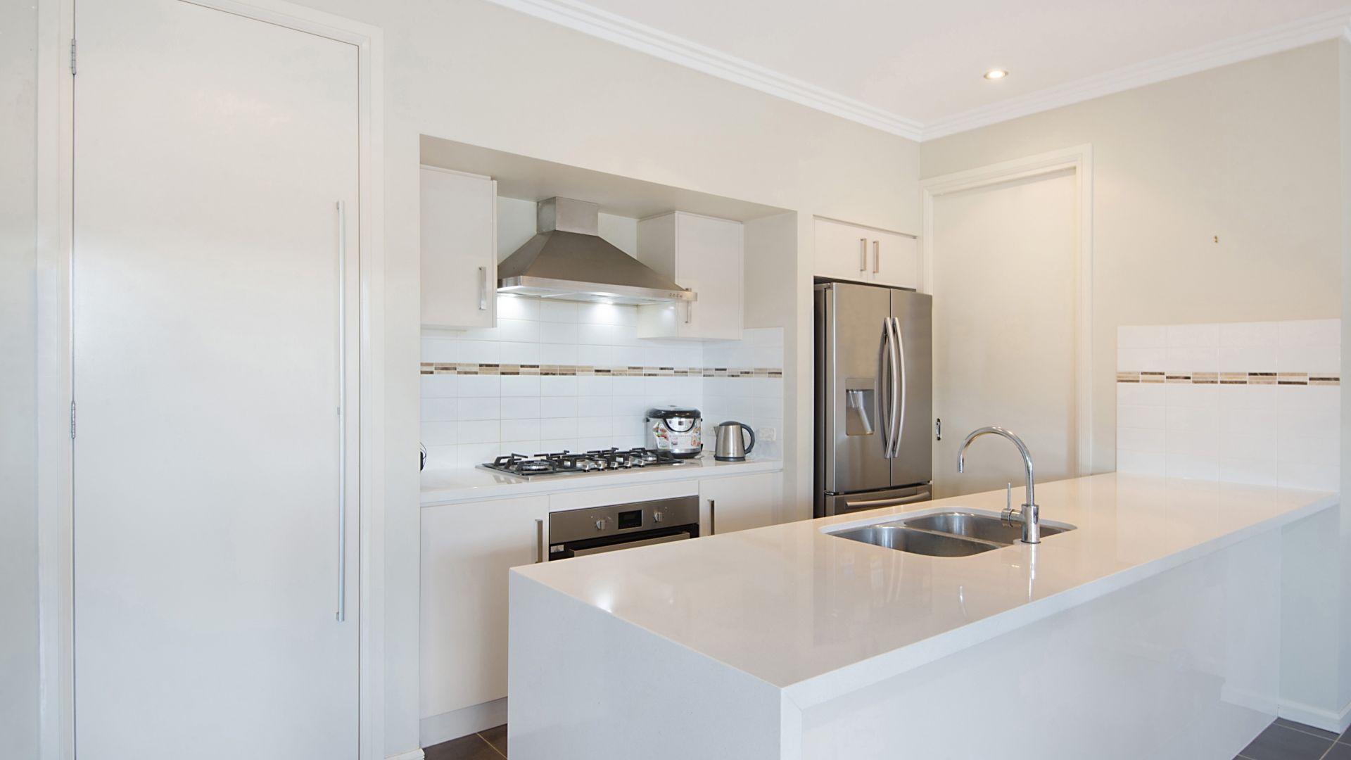 5 Kimber  Crescent, Kellyville NSW 2155, Image 2