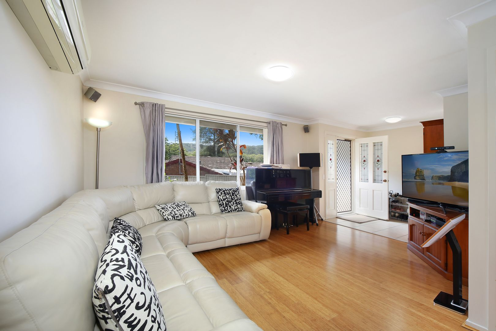 84 James Sea Drive, Green Point NSW 2251, Image 1