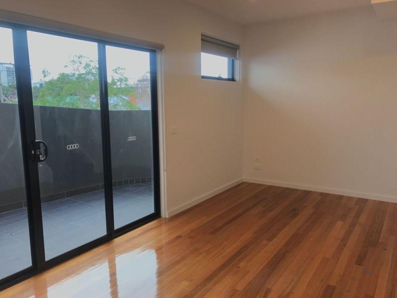 5/39 Victoria Street, Footscray VIC 3011, Image 2
