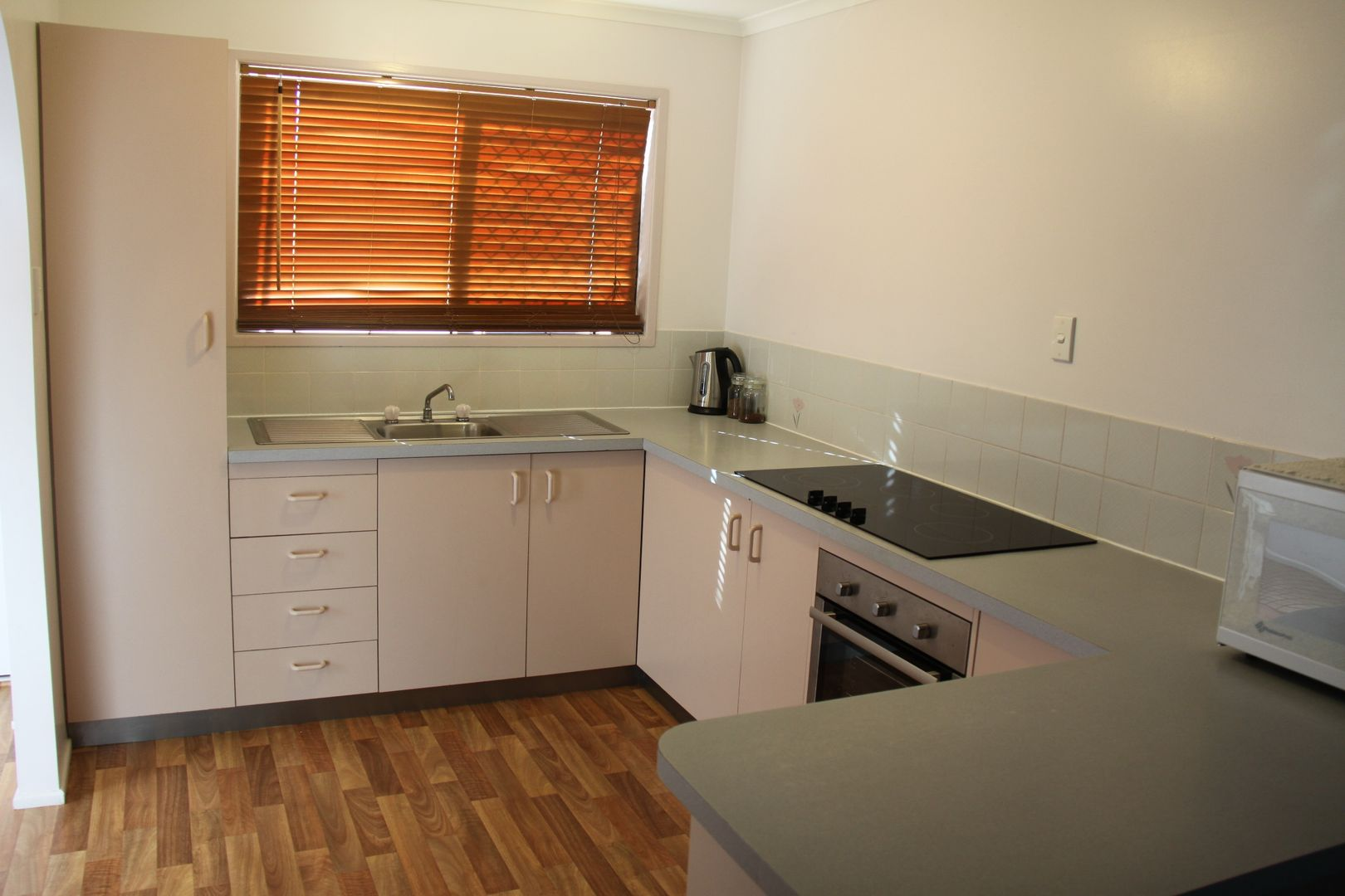 5/50 Latrobe Street, Tannum Sands QLD 4680, Image 1