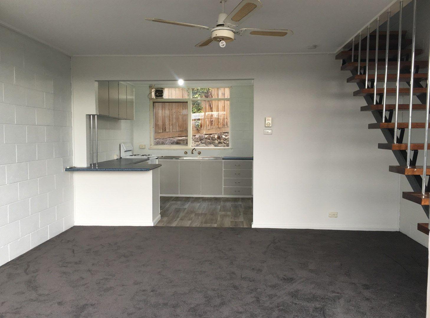8/21a Albert Terrace, Belmont VIC 3216, Image 0