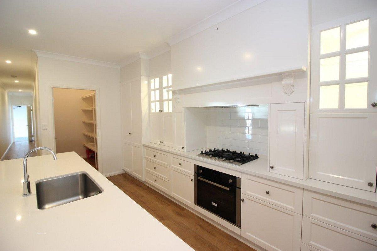 3 Tingwell Place, Lloyd NSW 2650, Image 2